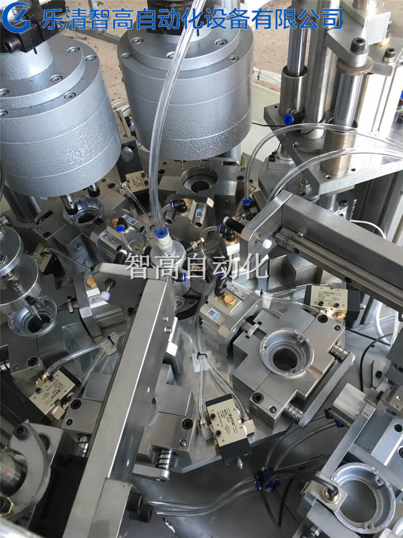 多轴自动钻孔机